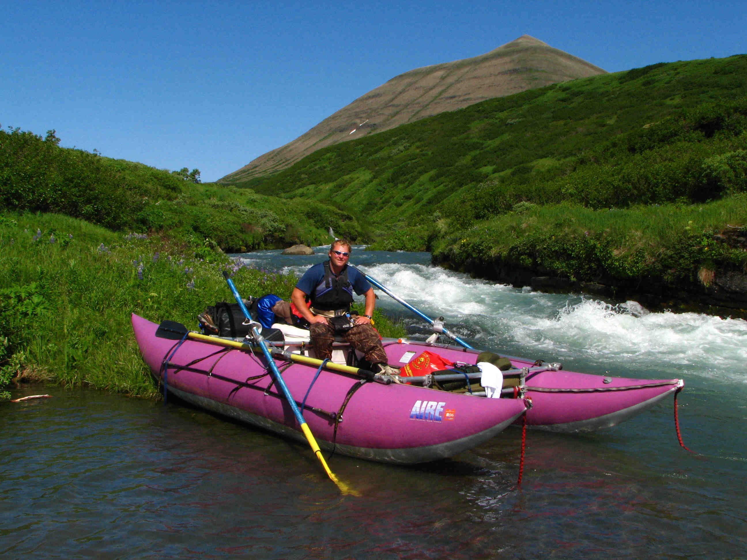 Mid-River Whitewater Section Rest-Stop - ALASKA RAFT CONNECTION