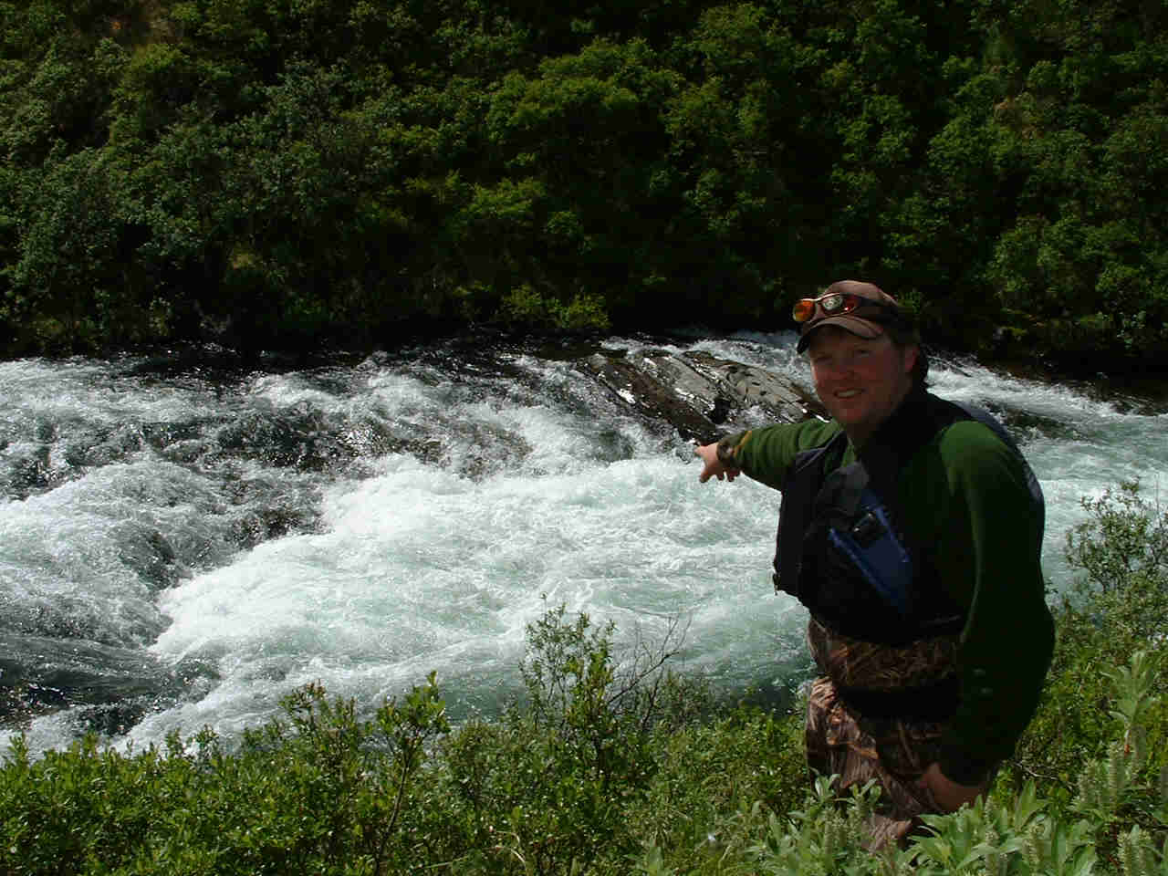 Thrilling Technical Whitewater - American Creek Falls - ALASKA RAFT CONNECTION